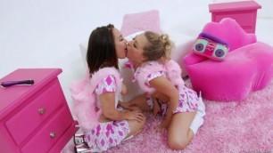 Gabriella Paltrova Zoey Monroe Natural tits Anal Teens Blonde Brunette