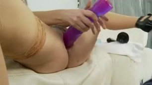 Sexy Chubby Woman Shoves Huge Dildos In Her Tight Pussy