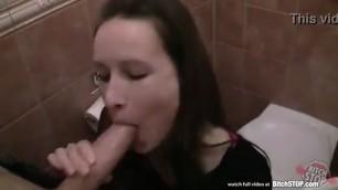 Czech Bitch STOP Evelyn Lopez fucking in public toilet