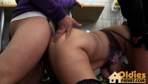 German Porn Bei Der Hausarbeit Erwischt Popular Video