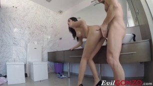 Spectacular Woman Enjoys in Hardcore Sex