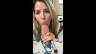 Britney spears lookalike gives a selfie huge dicks