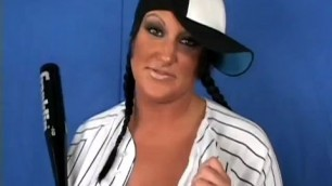 Bustyiva brunette baseball bitch hits a home n with the bat in her bush