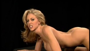 Hot sex with sexy julia ann