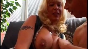 Blonde roxanne punk slutty milf mature with busty body gets doogie