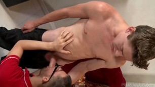 Extra huge cock fucking pussy the delivery man with my huge cock