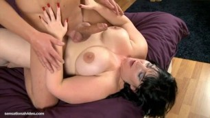 Bbw brunette cleo xxx is fat and seductive