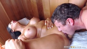 Sneaky Sauna Mama Makayla Cox Mr Pete Hot Girl Sucking Cock