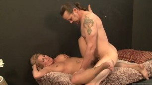 Joclyn Stone is a mature milf who enjoys a hot fucking